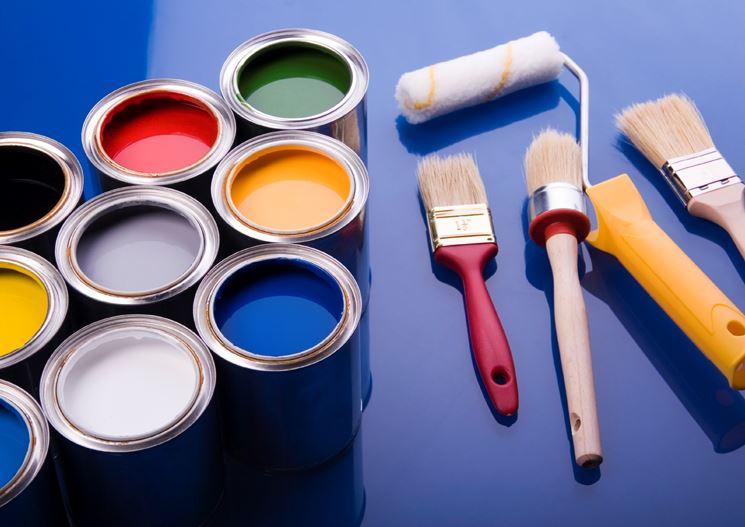 riparare-stuccare-pitturare-casa